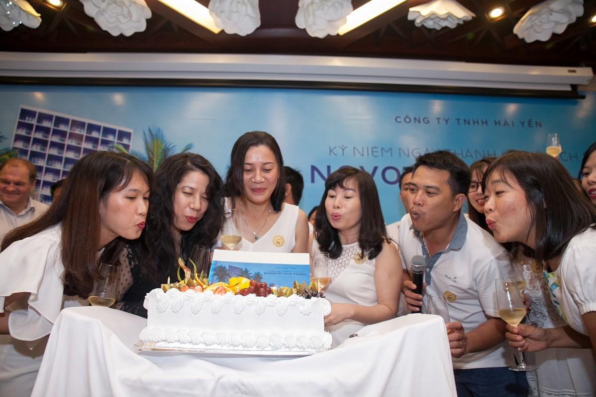 Novotel Nha Trang kỷ niệm ngày thành lập khách sạn